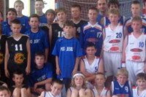 Koszykarze z Żar pierwsi, StarBol drugi