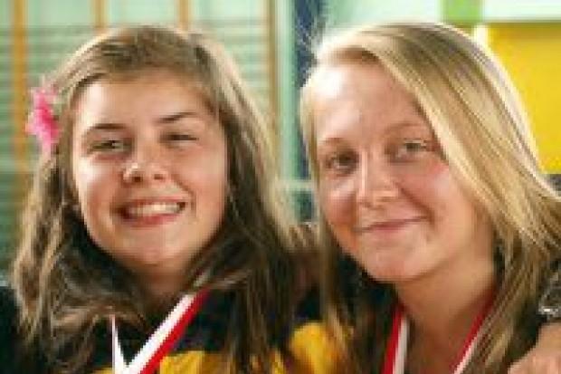 Zawodniczki Tukana z brązowym medalem Olimpiady Młodzieży