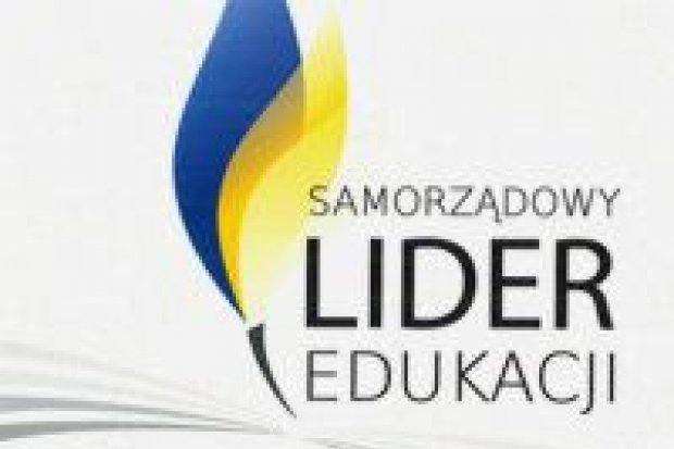 """Powiat Bolesławiecki """"Samorządowym Liderem Edukacji"""""""