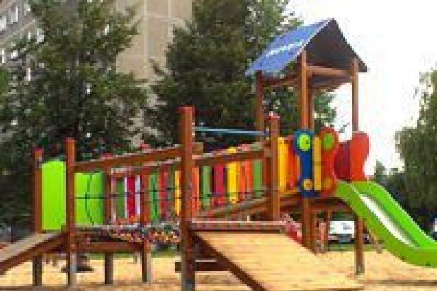 Plac zabaw Nivea zostanie ogrodzony i oświetlony
