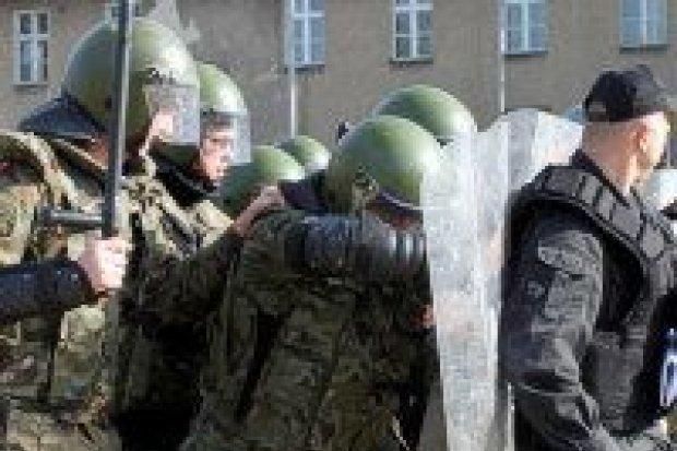 Artylerzyści przygotowują się do wyjazdu do Kosowa