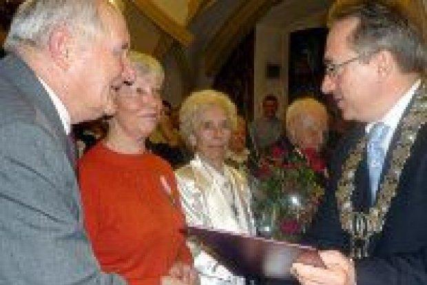 Osiem par z medalami za długoletnie pożycie małżeńskie