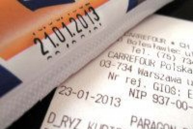 Carrefour przeprasza za przeterminowane parówki