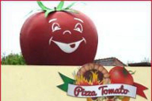 Włoska Pizza Tomato z tradycyjnego pieca