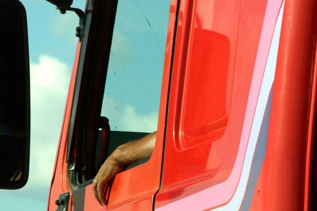Pijany kierowca ciężarówki zatrzymany przez drogówkę