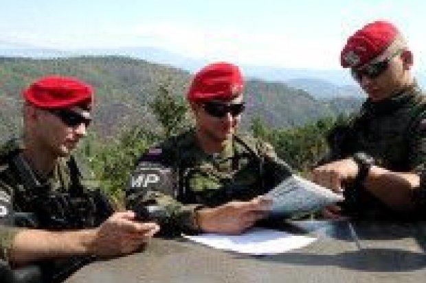 Kosowo: patrole na granicach