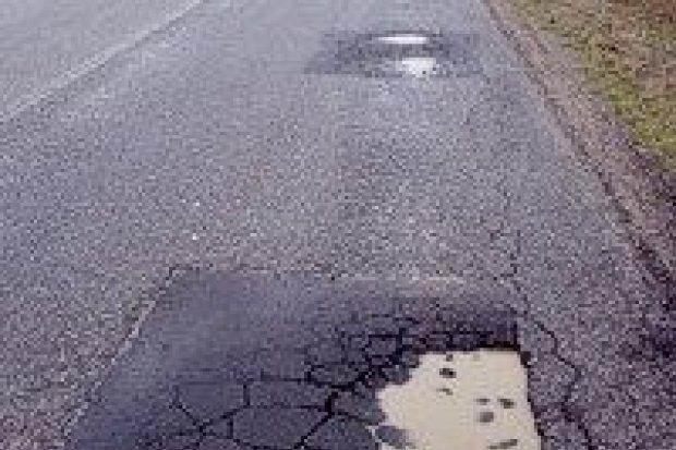 Naprawią drogi w czterech wsiach gminy Nowogrodziec