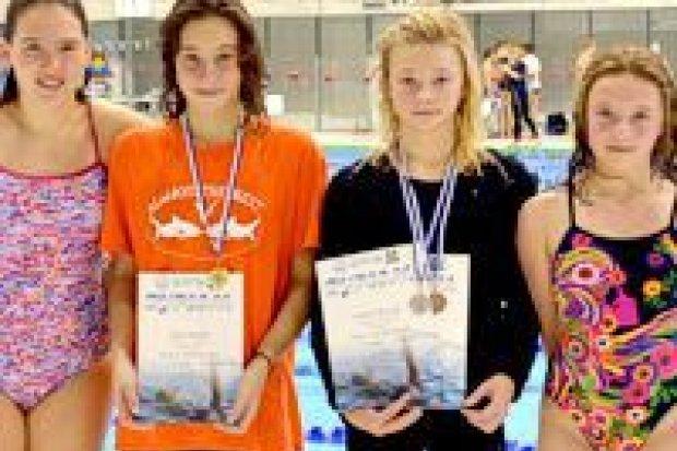 Pływaczki UKS Oxpress z 5 medalami Międzynarodowego Mityngu