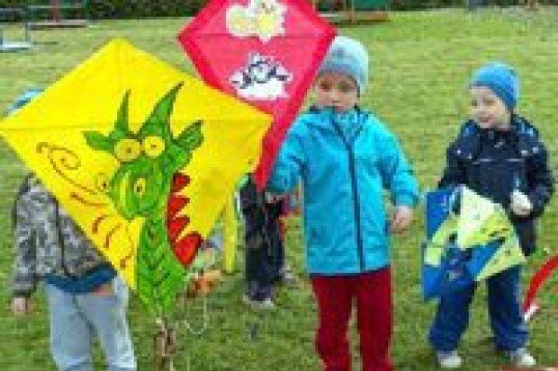 Święto Latawca : super zabawa w przedszkolu