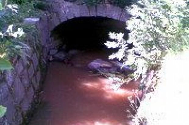 Odbudują mostek w Gościszowie
