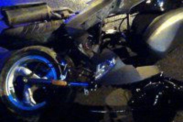 Wypadek na Cieszkowskiego, motorowerzysta ranny