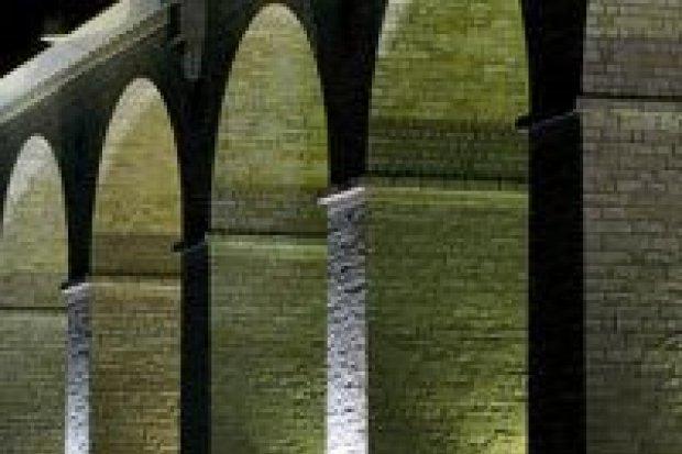 Iluminacja wiaduktu ma zostać naprawiona do końca stycznia