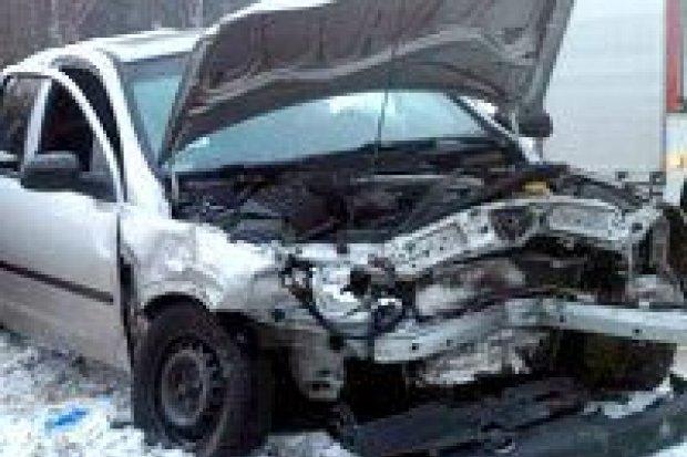 Wypadek w Wykrotach, pięć osób rannych