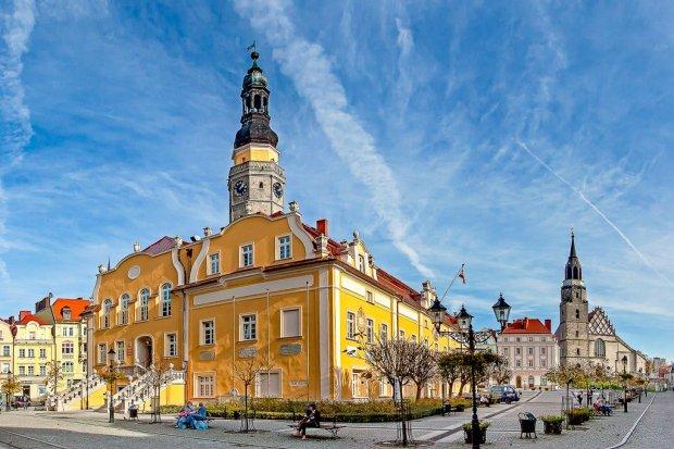 Bolesławiec wykorzystał szansę. Niemal pół miliarda zainwestowane w Bolesławcu!