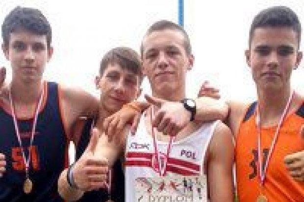 Sztafeta z GS nr 2 z awansem do mistrzostw Polski