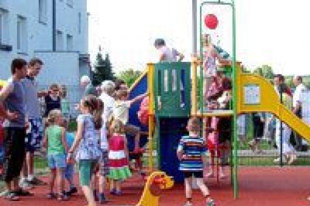 Plac zabaw w Tomaszowie