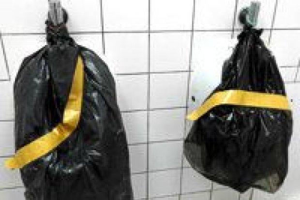 Carrefour po interwencji naprawia toaletę