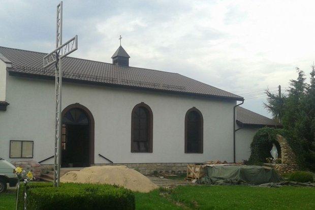 Fundacja Polska Miedź wsparła remont kościoła w Łaziskach