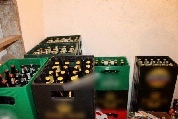 Okradli sklep na 10 tys. zł, grozi im do 10 lat więzienia