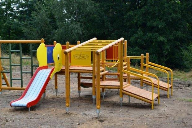 Nowe place zabaw w Zawidowie