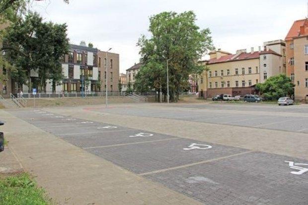 Parking i nowa ulica w Legnicy