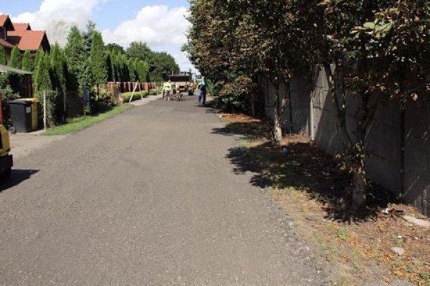 Kolejne drogi utwardzane frezem asfaltowym