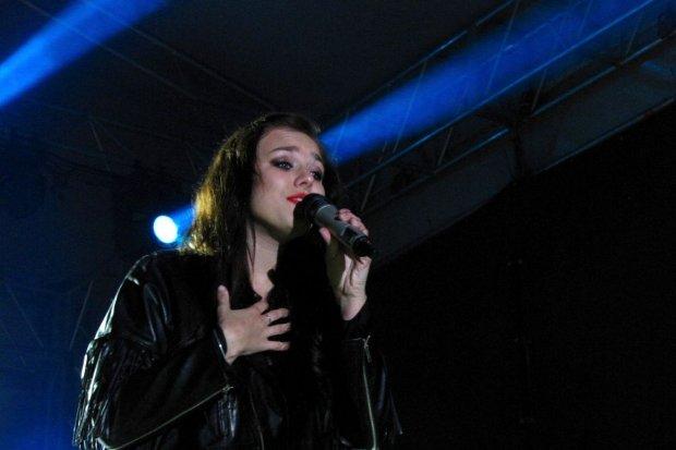 Ewa Farna oczarowała bolesławiecką publiczność