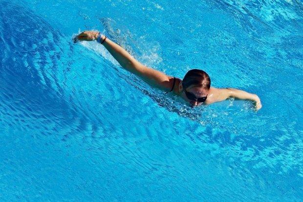 Oxpress i SP nr 4 mistrzami strefy w sztafetach pływackich