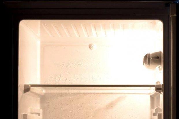 23-letni diler w lodówce trzymał... 100 porcji metamfetaminy i prawie 200 marihuany