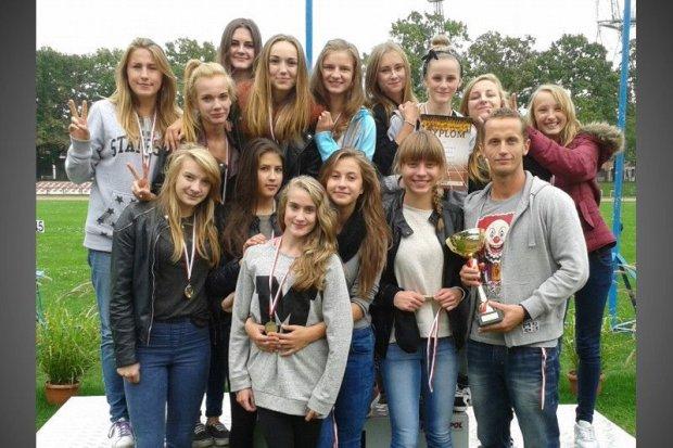 Lekkoatletki ze zgorzeleckiego Gimnazjum nr 2 awansowały do Mistrzostw Polski