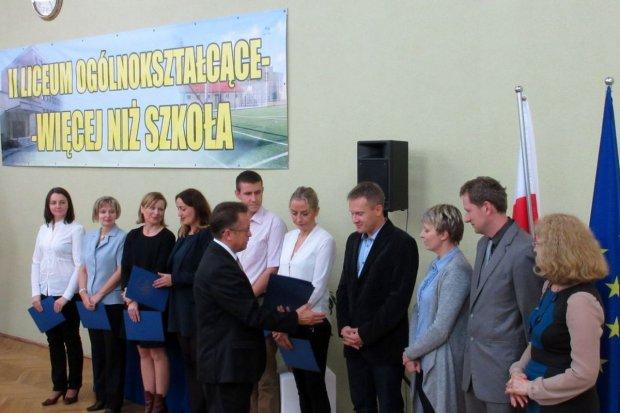 Trzynastu nauczycieli nagrodzonych w II LO