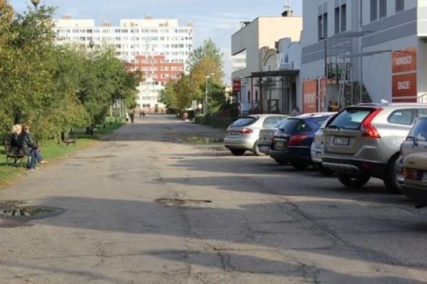 Nowa jezdnia, parkingi i chodnik na Osi Kartuskiej