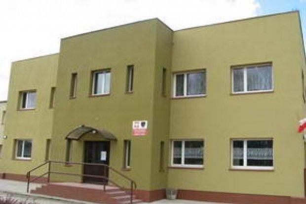 Przebudowano ciągi komunikacyjne przy Szkole Podstawowej w Krzeczynie Wielkim