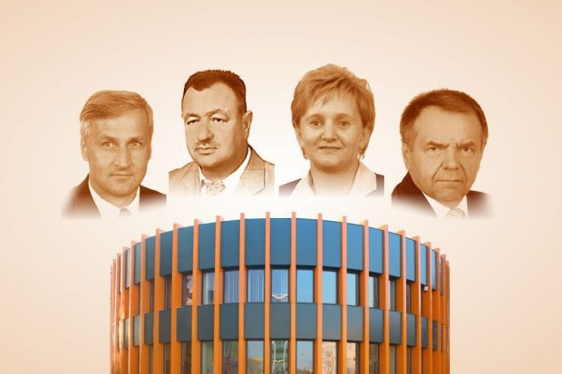 Czterech członków zarządu powiatu i żadnej odpowiedzi