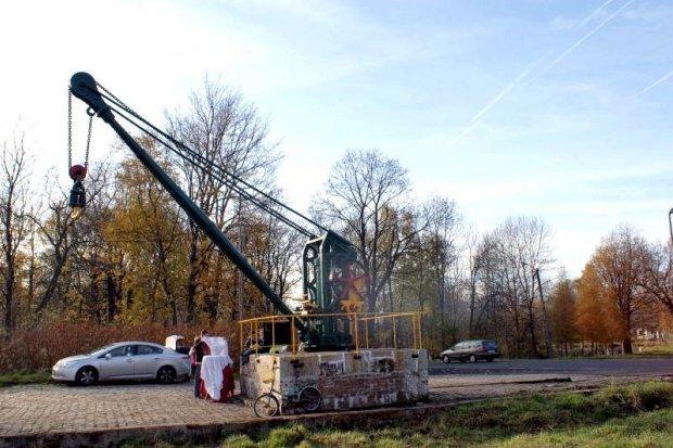 Kowarski żuraw kolejowy wyremontowany