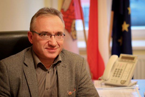 Oficjalne wyniki: Piotr Roman wygrał