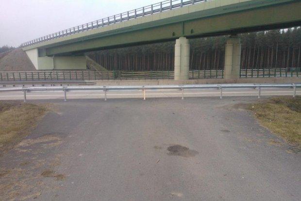 Zablokowane wjazdy awaryjne na A4. GDDKiA tłumaczy, dlaczego je tam postawiono