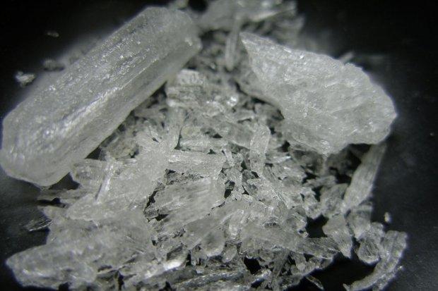 Metamfetamina i marihuana w mieszkaniu 31-latka