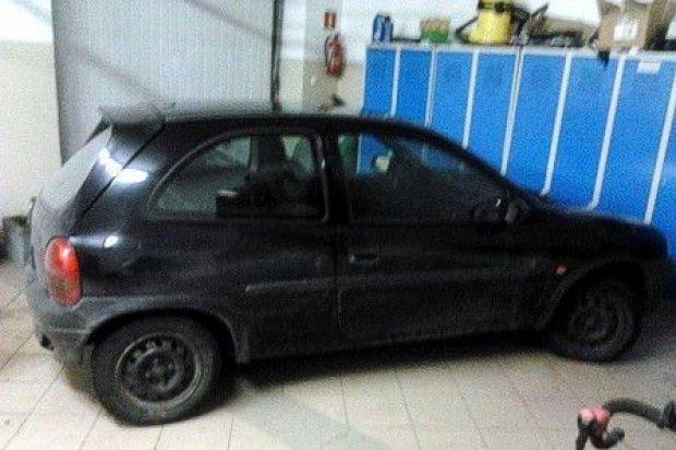 Kupił auto w Niemczech, ukradł takie samo u nas. Kilka osób zatrzymanych