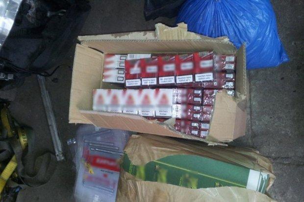 Wpadli z nielegalnym tytoniem, wartym 327 tys. zł