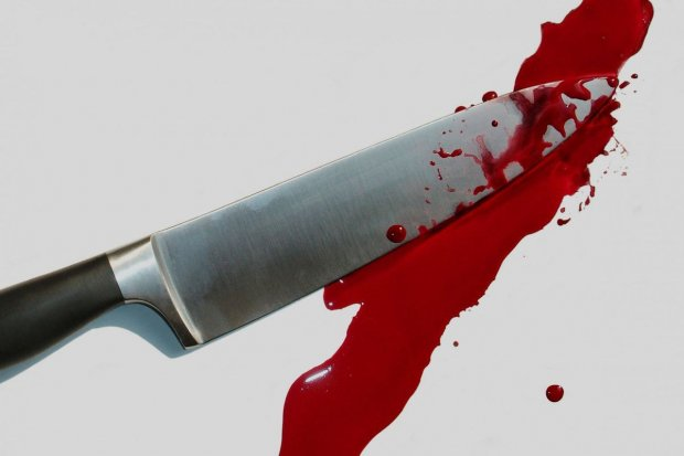 Śmiertelnie dźgnęła nożem ekskonkubenta