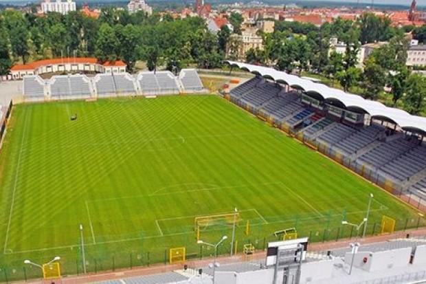 "Legnicki stadion miejski na ""piątkę"""