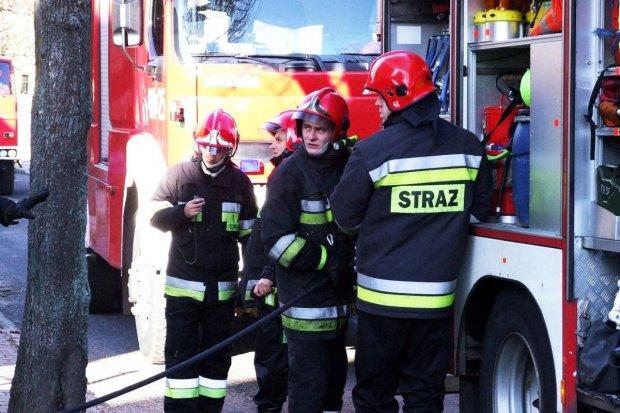 Pożar na Narutowicza – poparzony mężczyzna trafił do szpitala
