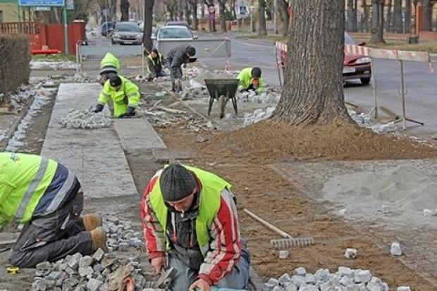 WPEC buduje magistrale cieplne i odnawia chodniki