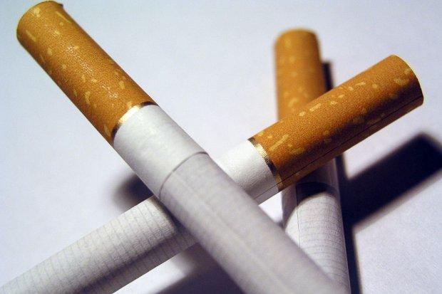 Wpadła z nielegalnymi papierosami i tytoniem. Grozi jej do 3 lat więzienia
