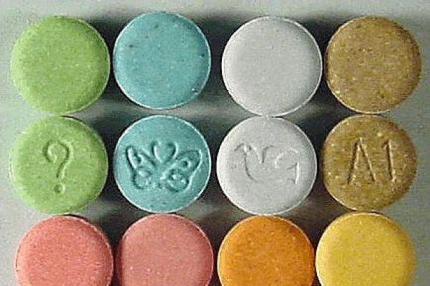 34-latka sprzedawała narkotyki nieletnim