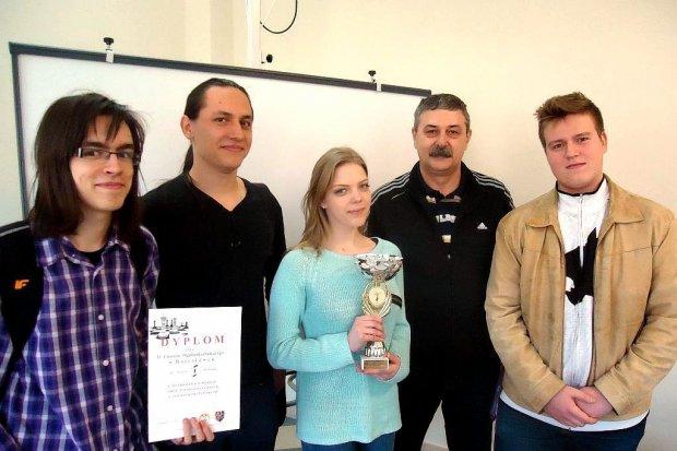SP Wykroty, GS nr 2 i II LO najlepsze w szachach