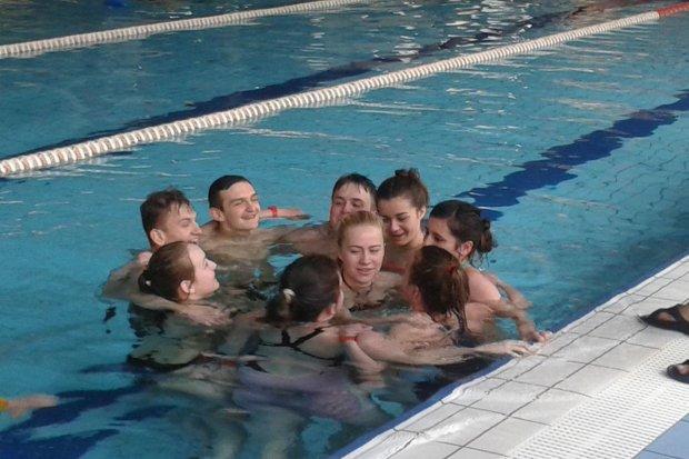 Zajęcia z ratownictwa wodnego dla uczniów II LO