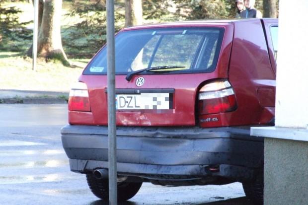 Kobieta ranna w zderzeniu aut na Spółdzielczej