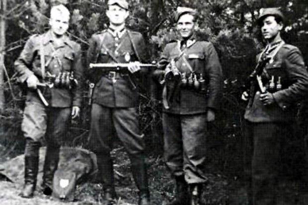 """Bieg i turniej strzelecki """"Dla Wyklętych 1963"""" pod patronatem prezydenta Dudy"""
